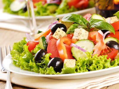 salat-s-zeleniu